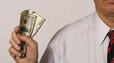 六大职业人群灰色收入 最高者竟达千万