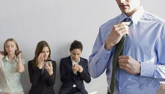 找工作先考虑内推,录取率是自己发简历的10倍
